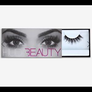 💄🎉HP🎉💄Huda Beauty Samantha #7 Lashes